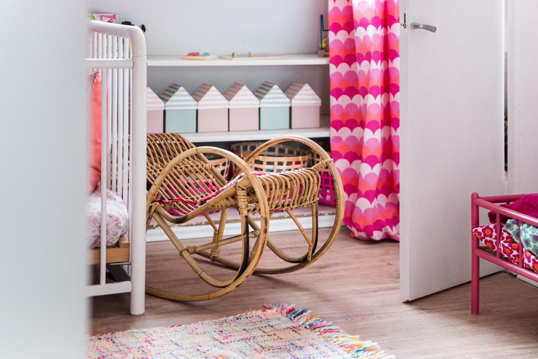 kleine zimmerrenovierung design stauraum kinderzimmer, ein mini-kinderzimmer einrichten- so sieht lottes zimmer aus – can, Innenarchitektur