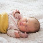 Eine Woche Baby Rosa- und eine schöne Geburt MIT Kaiserschnitt